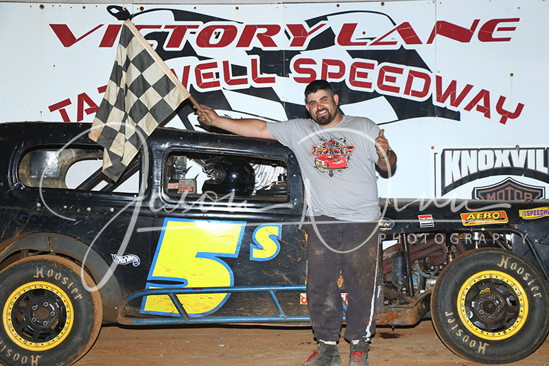 Davenport cashes in on Owens' misfortune – Tazewell Speedway